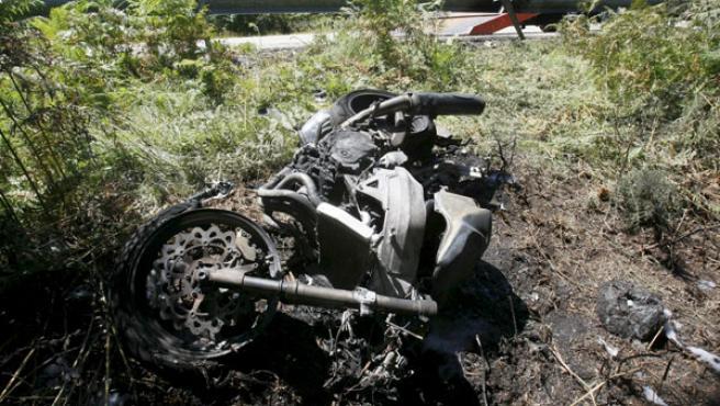 Un motorista resultó herido en este accidente en A Cañiza.