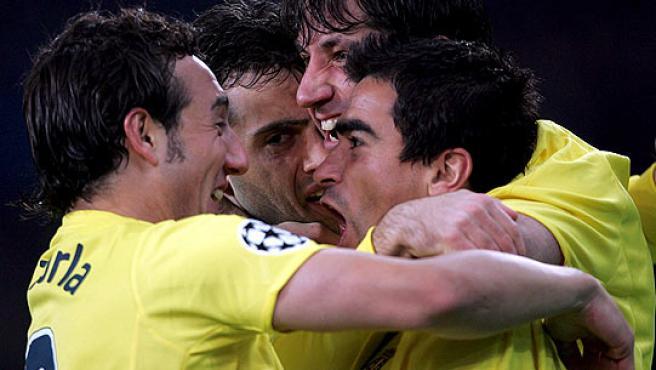 Los jugadores del Villarreal celebrando un gol.