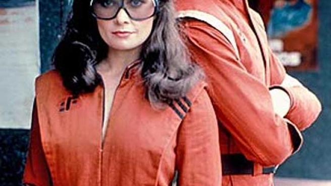 Algunos de los protagonistas de la serie de televisión 'V'.