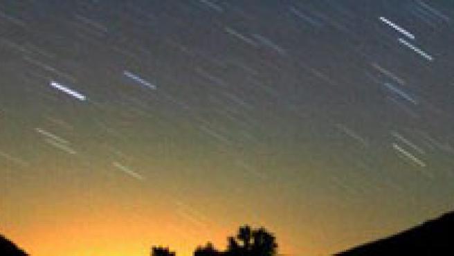 Imagen de la lluvia de estrellas de las Perseidas.