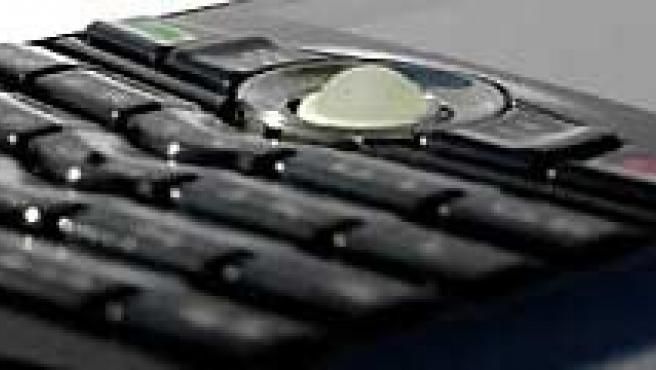 La necesidad de ahorro de las familias también se refleja en la supresión del teléfono fijo.