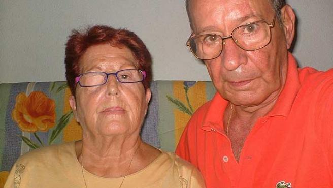 """Ángeles y Rafael, dos de los supervivientes, reivindican """"el deber moral"""" de los responsables del accidente."""