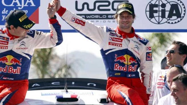 Sebastien Loeb celebra su triunfo en el rally de Argentina.