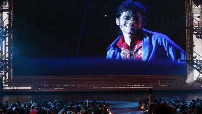 """Una imagen del documental sobre Michael Jackson """"This is It"""" exhibido en los Premios MTV."""