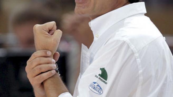 El seleccionador de España, Sergio Scariolo, da instrucciones durante el Eurobasket 2009.