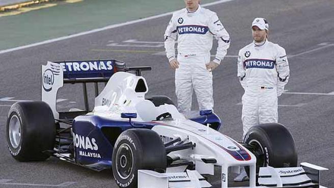 Robert Kubica y Nick Heidfeld presentan el nuevo BMW F1.09 en el circuito de Cheste.