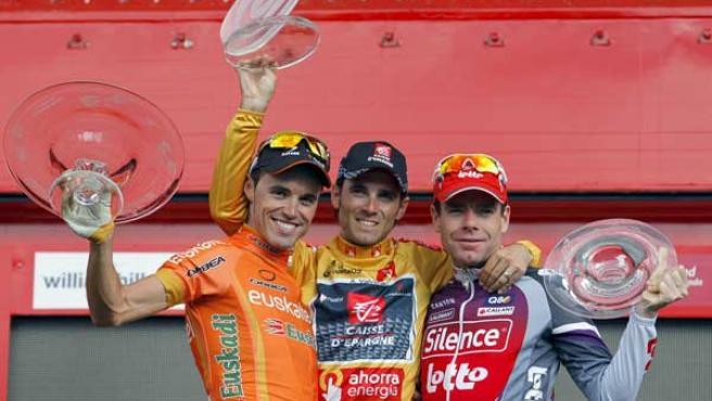 Alejandro Valverde, Samuel Sánchez y Cadel Evans en la Vuelta ciclista a España.
