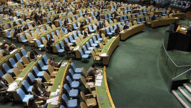 El presidente iraní, durante su discurso ante la Asamblea General. Muchos delegados abandonaron la sesión.