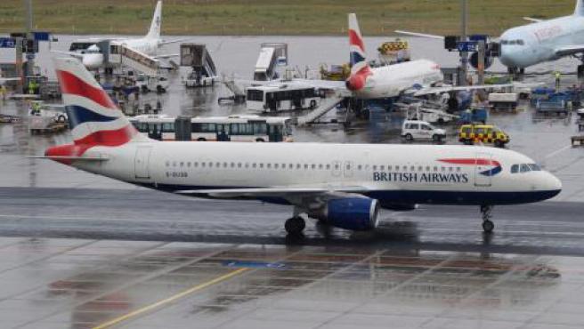 Los aviones que vuelen hacia Canadá y EE UU son los que mayores retrasos pueden presentar.