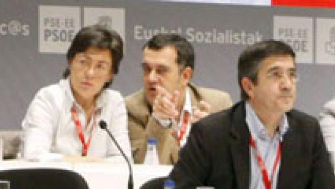 Patxi López (c), en el VI Congreso del PSE-EE.