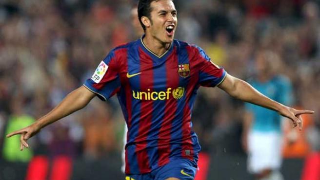 Pedro Rodríguez, delantero del Barcelona, celebra su gol ante el Almería.