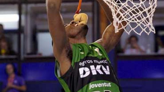 El jugador del Joventut Christian Eyenga se proclamó vencedor del concurso de mates.