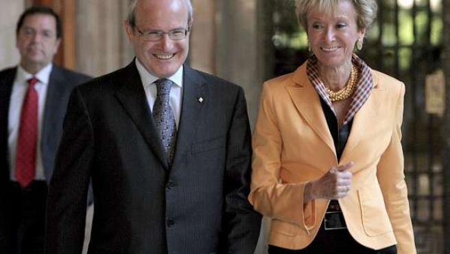María Teresa Fernández de la Vega y José Montilla.