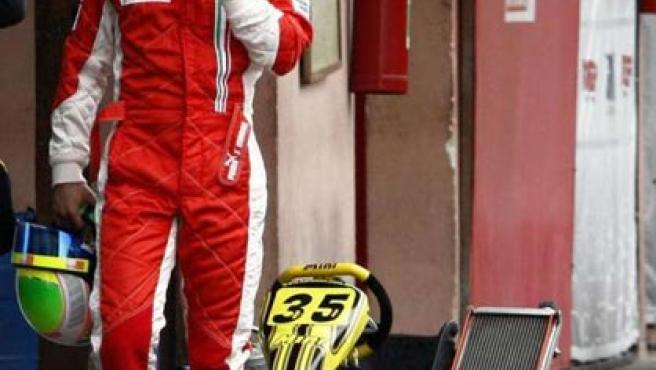El brasileño Felipe Massa, tras entrenar en los karts.