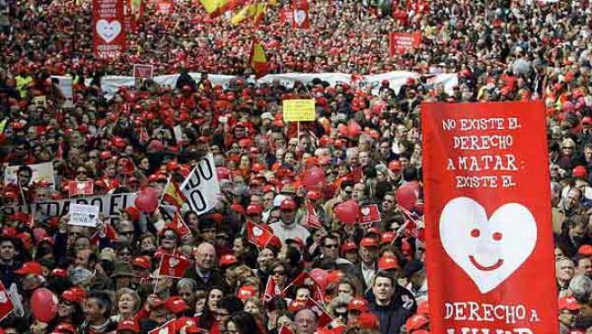 Marcha contra el aborto en Madrid, en marzo de 2009.