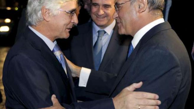 Jose María Barreda y el presidente de la CEOE, Gerardo Díaz Ferrán, a su llegada a los Premios de la Confederación de Empresarios de Castilla - La Mancha.