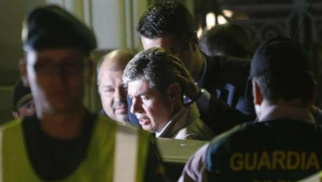 Operación anti corrupción con la detención del alcalde de Santa Coloma, Bartomeu Muñoz.
