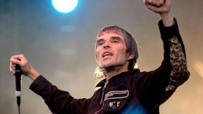 El ex cantante de los Stone Roses, Ian Brown.