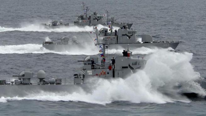 Un navío sudcoreano, en una imagen de archivo distribuida por Corea del Sur.