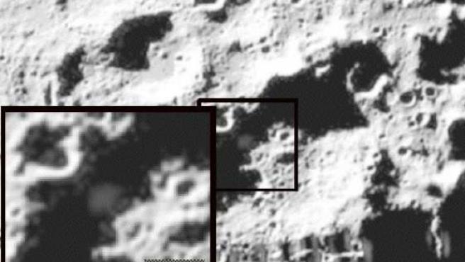 Imagen de una columna de vapor tras el impacto de la sonda en la Luna.