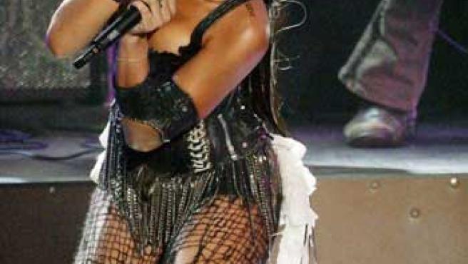 Rihanna durante un concierto.