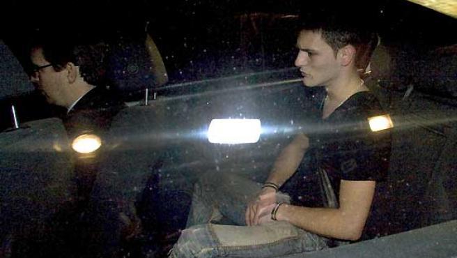 Samuel Benítez, al salir de la prisión de Huelva.