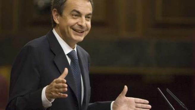 El presidente del Gobierno, José Luis Rodríguez Zapatero, en el Congreso de los Diputados.