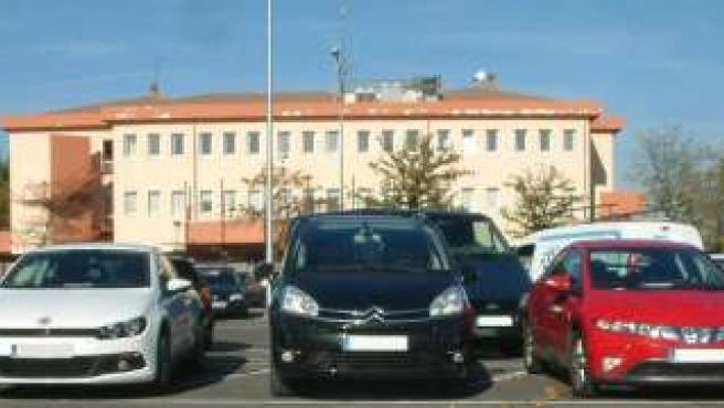 Los cinco coches de alta gama que ha recuperado la Policía Nacional.
