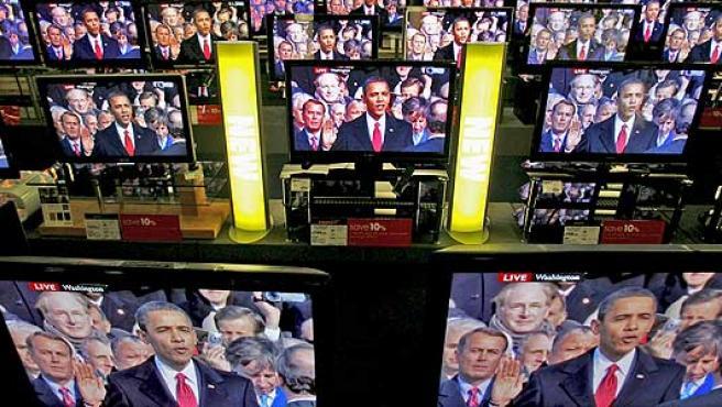 Obama, en las televisiones de un comercio.