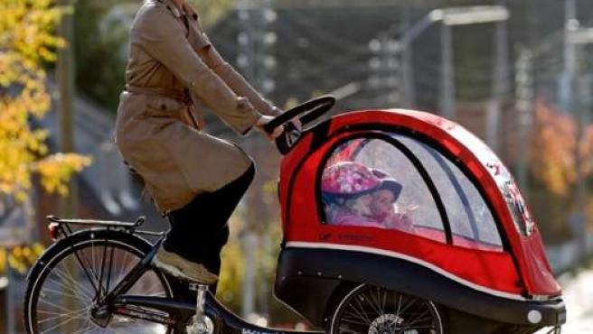 Con la nueva normativa las bicicletas podrán llevar remolques, como ya se puede hacer en muchos países de Europa.