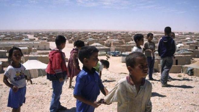 Niños saharauis en un campo de refugiados en Tinduf, Argelia.