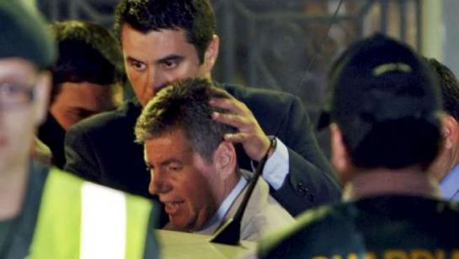 El alcalde de Santa Coloma, Bartomeu Muñoz, detenido por la Guardia Civil.