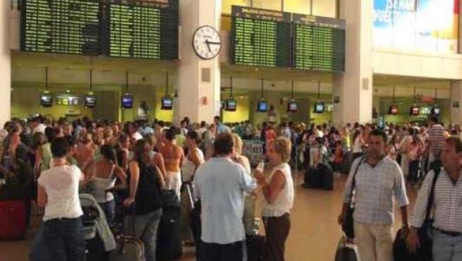 El 71% de los pasajeros dice desconocer cuáles son sus derechos en caso de pérdida de equipaje, retraso en el vuelo, etc.