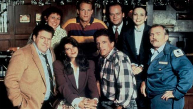 Protagonistas de la serie 'Cheers'.