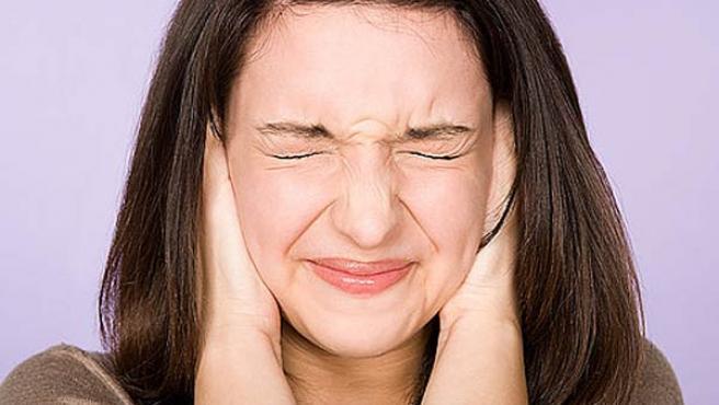 El tinnitus ocasiona molestos pitidos, que pueden ser constantes o intermitentes.
