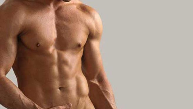 La depilación masculina es una costumbre en alza.