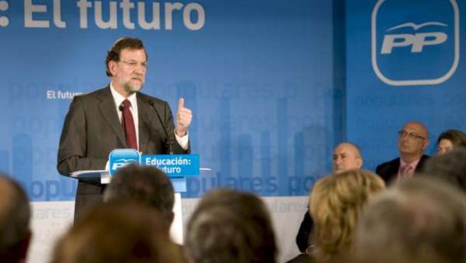 El presidente del PP, Mariano Rajoy, durante la presentación de la propuesta del partido para reformar el modelo educativo.