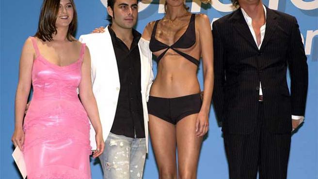 Chábeli Iglesias posa en un concurso de diseño en 2004.