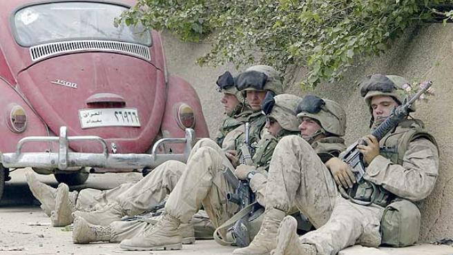 Un grupo de marines estadounidenses en Irak.