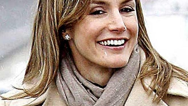 La princesa Letizia, con aparato dental.