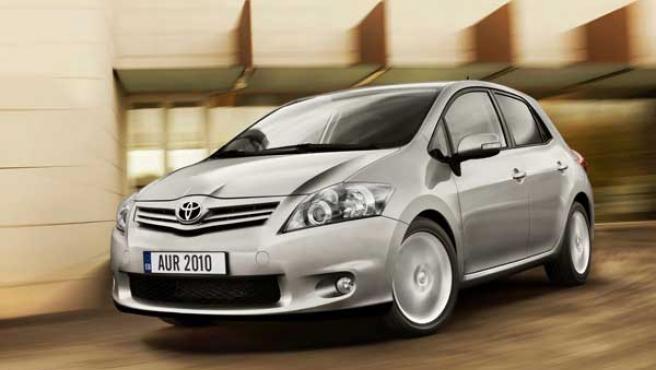 Aunque la intención es la de dar más presencia al Auris dentro del segmento C, Toyota no ha arriesgado demasiado.