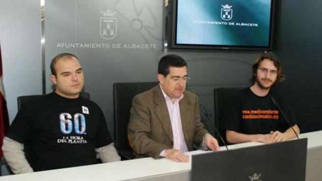 Albacete se unirá este sábado a la iniciativa del Día de la Tierra, apagando las luces de los edificios municipales