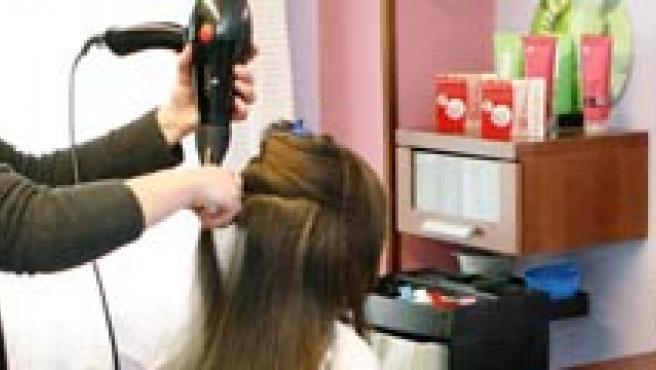 Investigaciones previas ya indicaban una relación entre la enfermedad y los componentes químicos de algunos cosméticos.