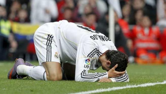Ronaldo se lamenta tras fallar una ocasión.