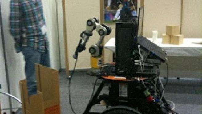 El robot-periodista desarrollado en un laboratorio nipón.