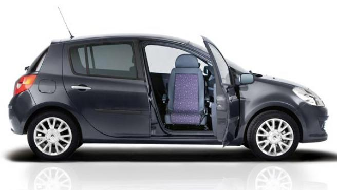 Es la primera vez que vemos esta solución adaptada a un vehículo compacto de pequeñas dimensiones.