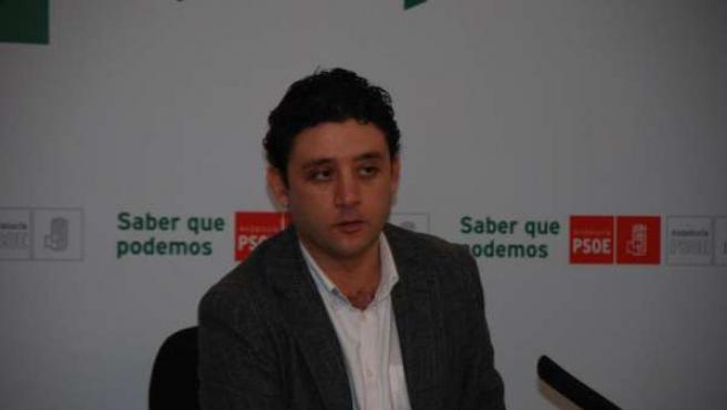Rafael Velasco, durante la rueda de prensa celebrada hoy