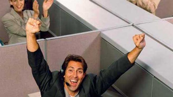 Directores de RR HH quieren a empleados felices en el trabajo.