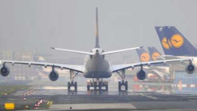 Aviones fotografiados en el aeropuerto de Fráncfort del Meno, Alemania.