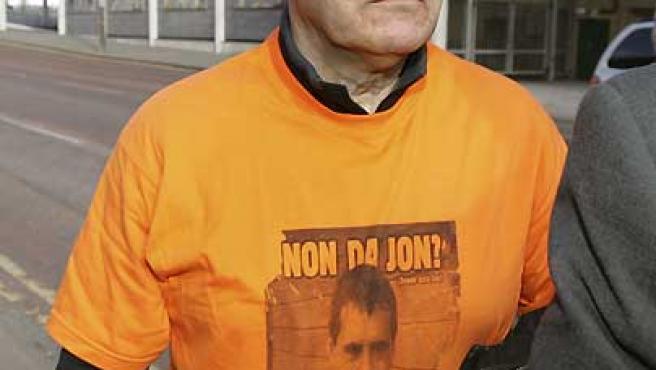 El ex preso etarra José Ignacio de Juana Chaos, a su llegada al tribunal de primera instancia de Belfast (Irlanda del Norte).